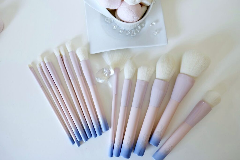 Marshmallow-Brush-Set-2-1