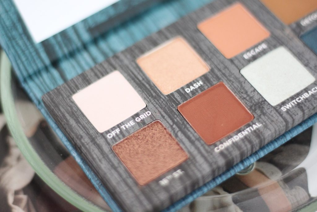 My top pick from the On The Run Mini palette in Detour is Confidential.