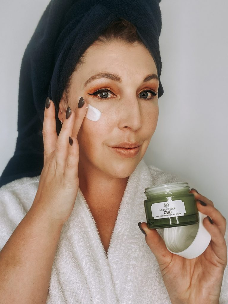 Self-care giveaway with The Glam Green Girl
